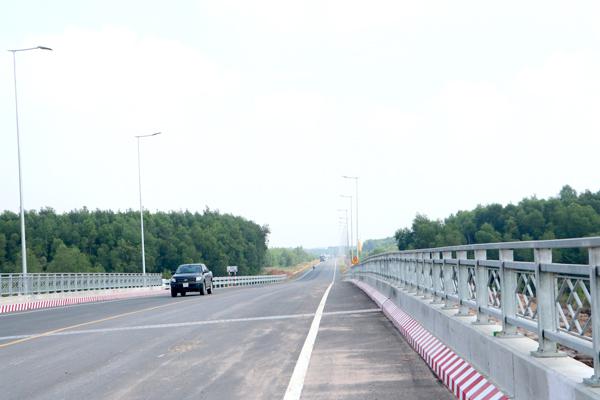 Khơi thông kết nối giao thông cho các khu công nghiệp ở Nhơn Trạch
