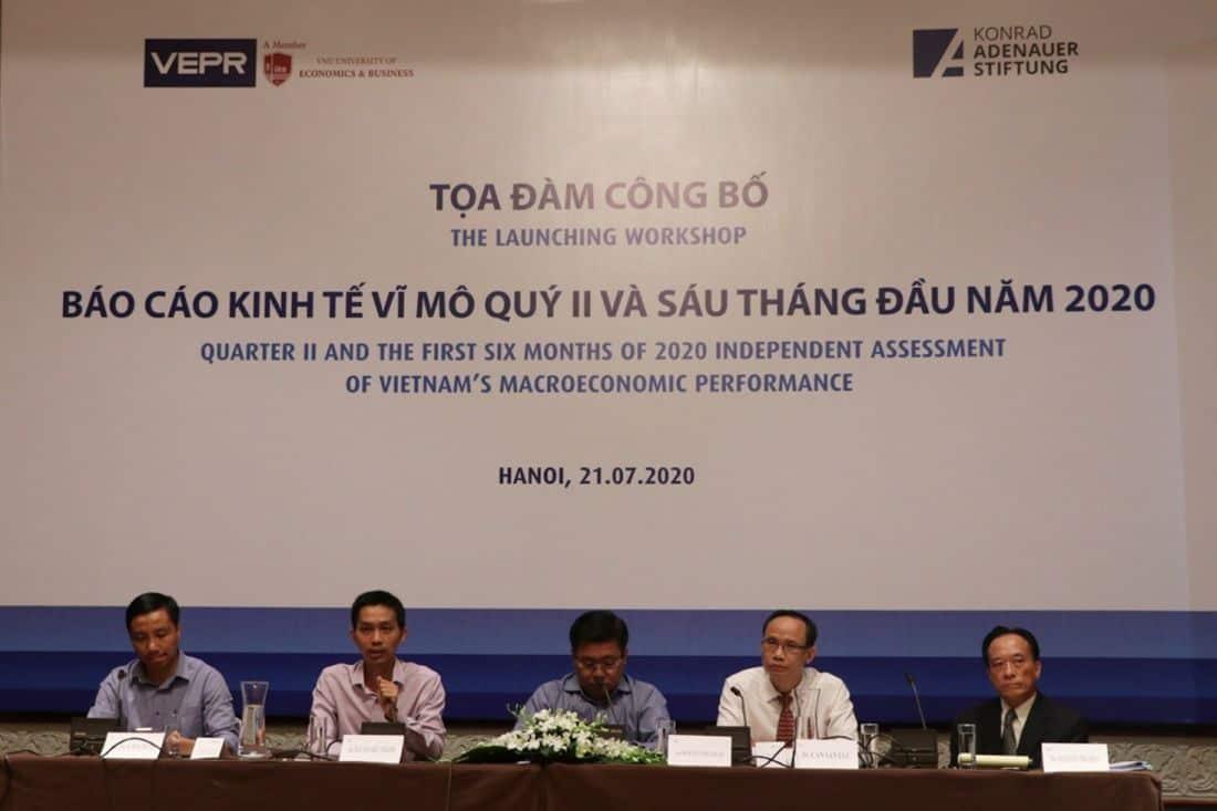 Kinh tế khó khăn người Việt vẫn mua nhà vì sợ tiền mất giá ?